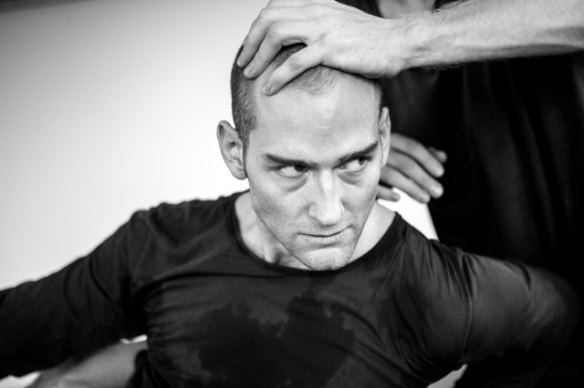 1a-dv8-performer-hannes-langolf-photographer-ben-hopper-low-res